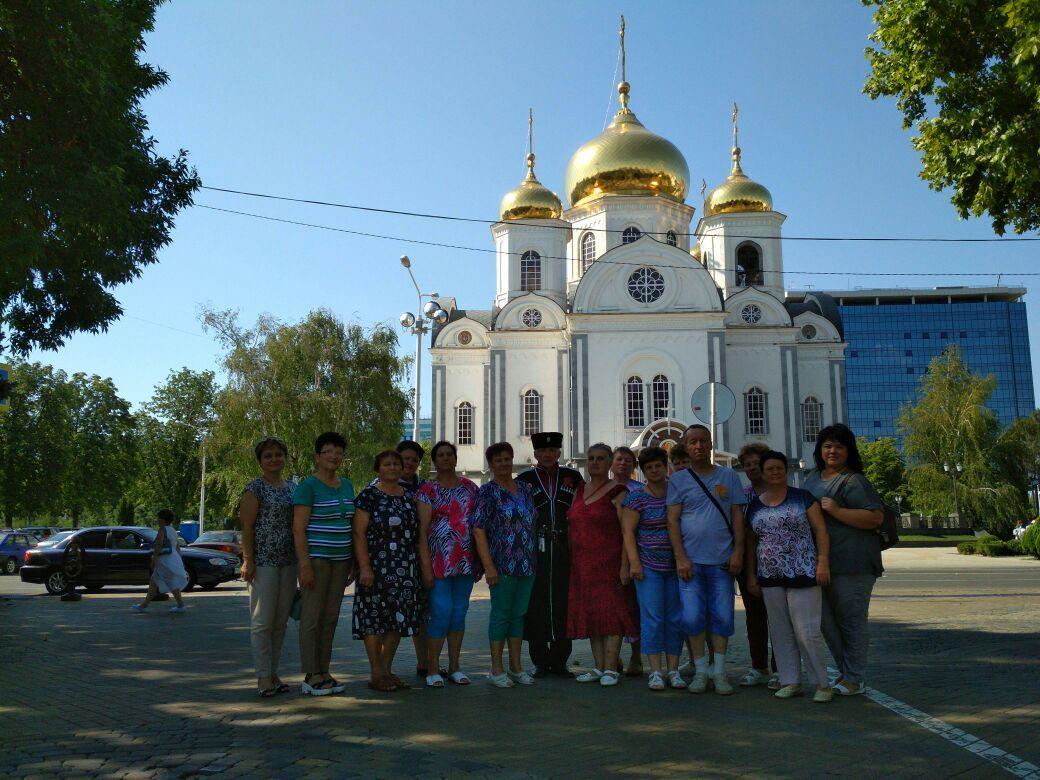 Взгляд с реки Кубань на город Краснодар и республику Адыгея