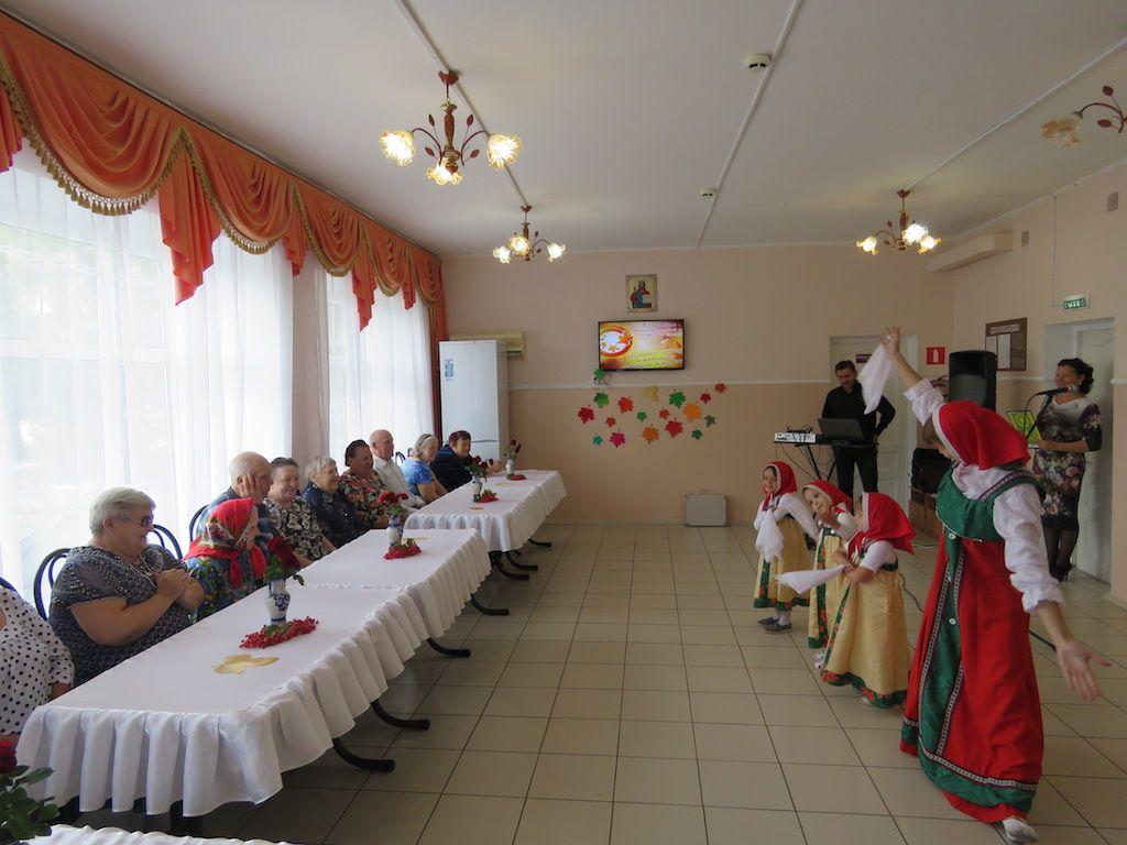Гулькевичский дом-интернат отметил День пожилого человека