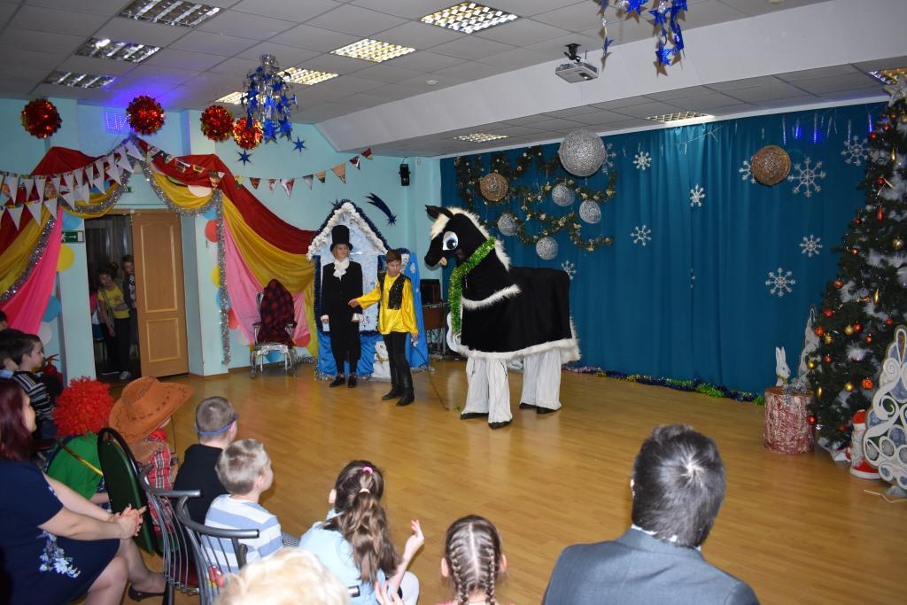 Новогодняя сказка от волонтеров «Дриады». Ю. Ушакова